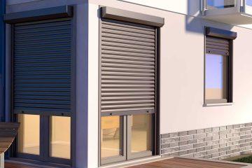 Modern huis met rolluiken